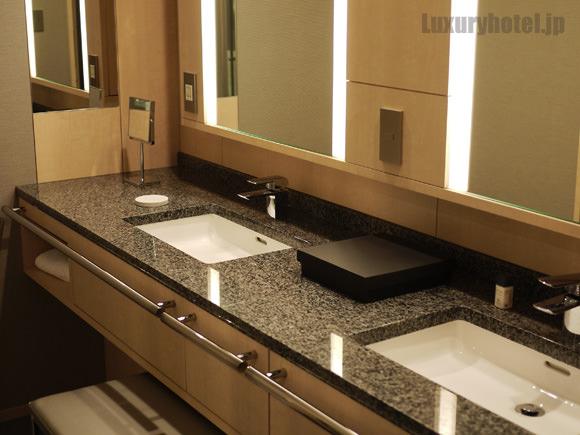 ザ・キャピトルホテル 東急洗面台画像1