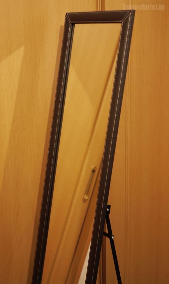 シャングリ・ラ ホテル 東京風の姿見画像1
