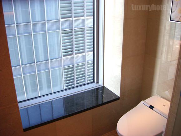 シャングリ・ラ ホテル 東京 ビュートイレ画像