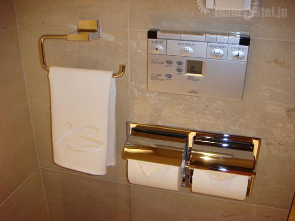 シャングリ・ラ ホテル 東京 トイレ設備画像