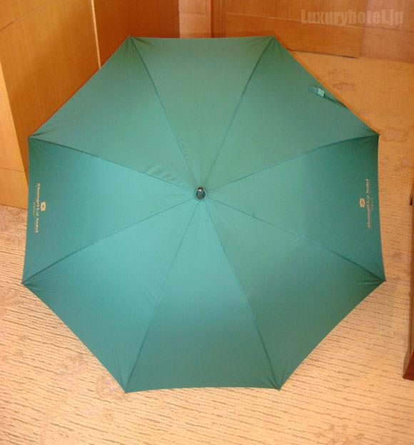 シャングリ・ラ ホテル 東京 クローゼット傘画像2
