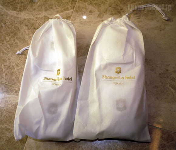 シャングリ・ラ ホテル 東京 スリッパ画像1