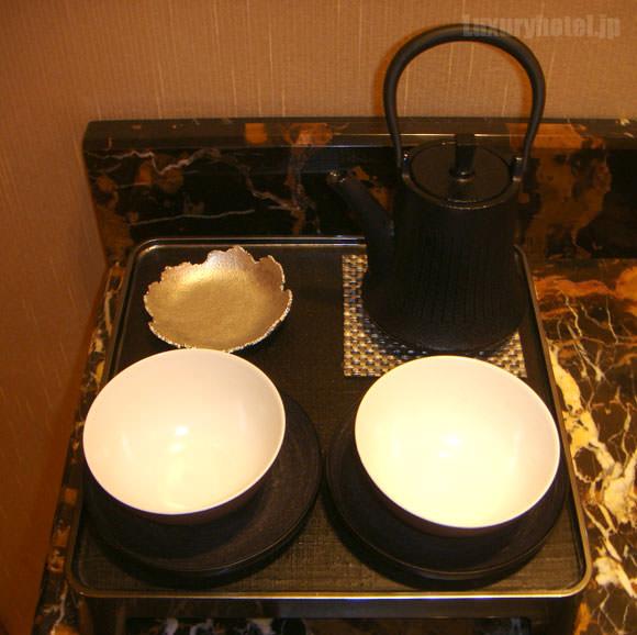 シャングリ・ラ ホテル 東京 茶器画像