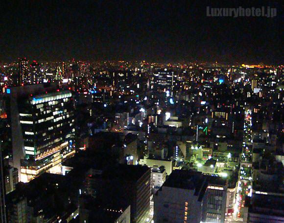 シャングリ・ラ ホテル 東京 プレミアルーム夜景画像2