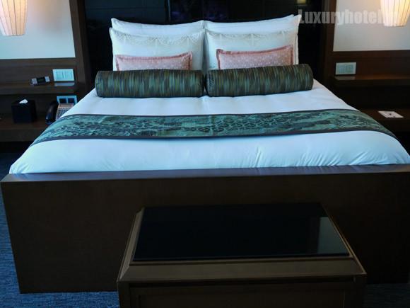 マンダリンオリエンタル東京 ベッド