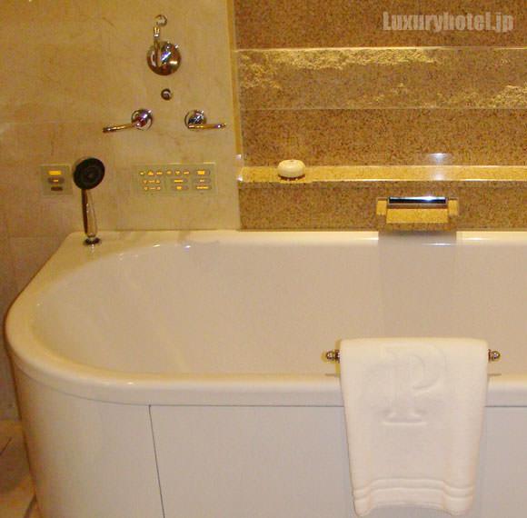 風呂の蛇口など