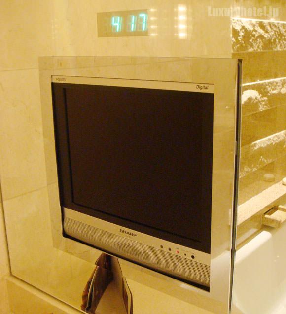 風呂のテレビ