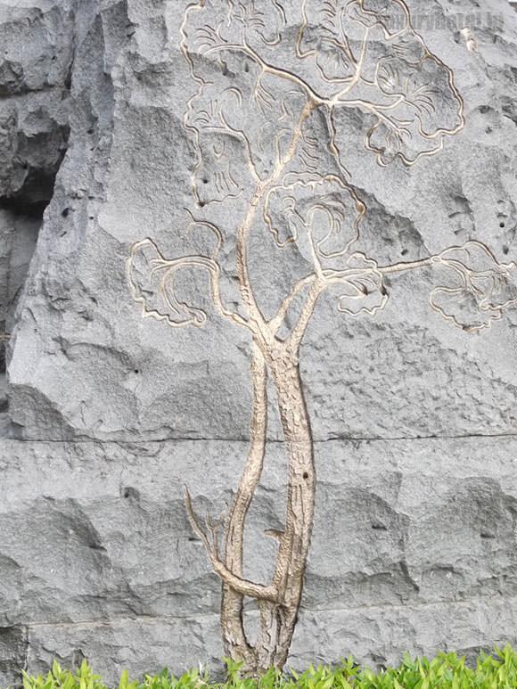 岩に描かれている絵
