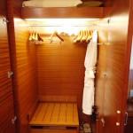 2011-grandhyatt-tokyo-closet02