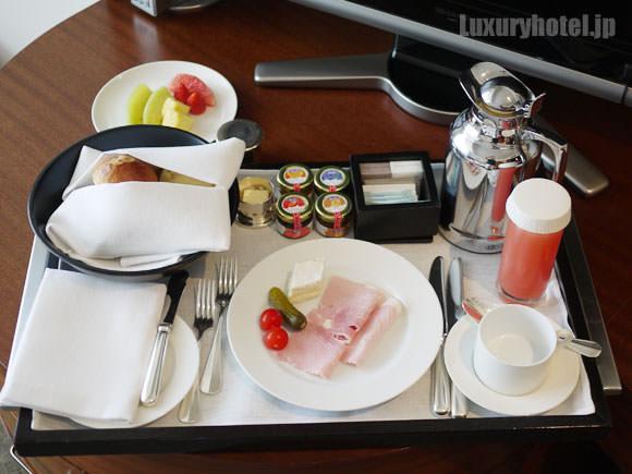 グランド ハイアット 東京 ルームサービスの朝食