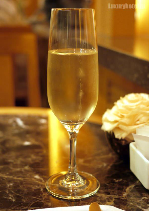 ザ・ペニンシュラ ブティック&カフェ スパークリングワイン