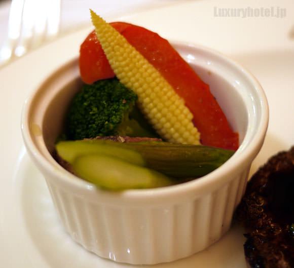 野菜の付け合わせ