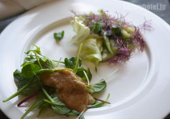 タワーズグリル サラダ2種類