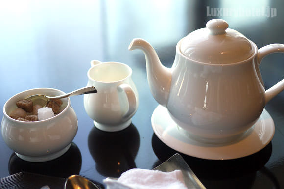 タワーズグリル 紅茶セット