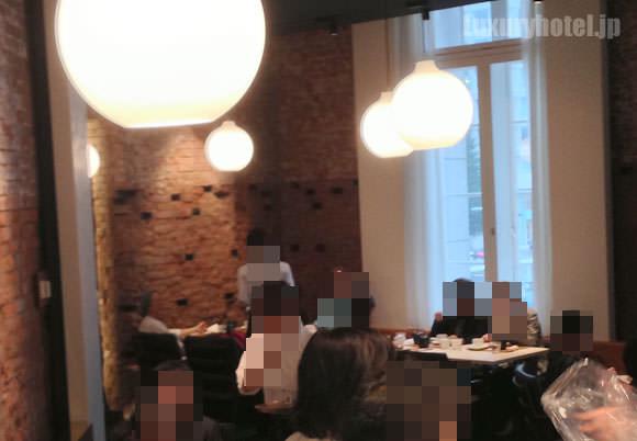 TORAYA CAFE」店内