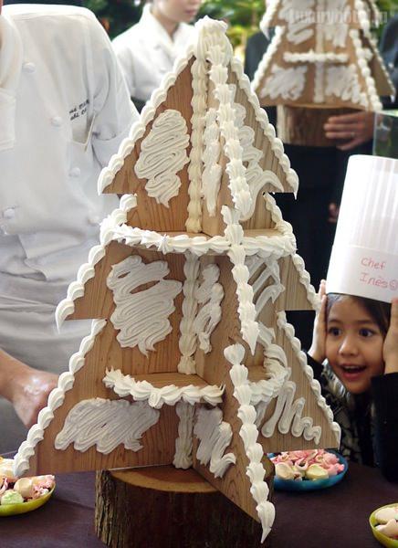 グランド ハイアット 東京 お菓子のクリスマスツリー