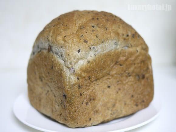 マンダリン オリエンタル 東京 五穀パン 全体像