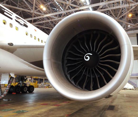 JAL 777新シート体験会 機体画像 エンジン