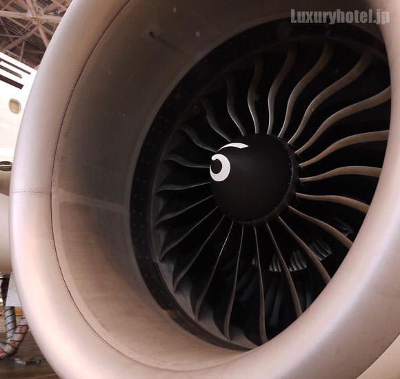JAL 777新シート体験会 機体画像 エンジンアップ