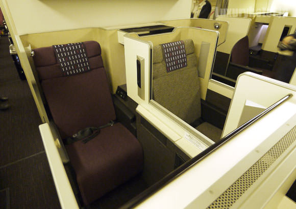 JAL 777新シート ビジネスクラス