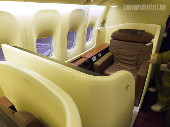 JAL 777 ファーストクラス