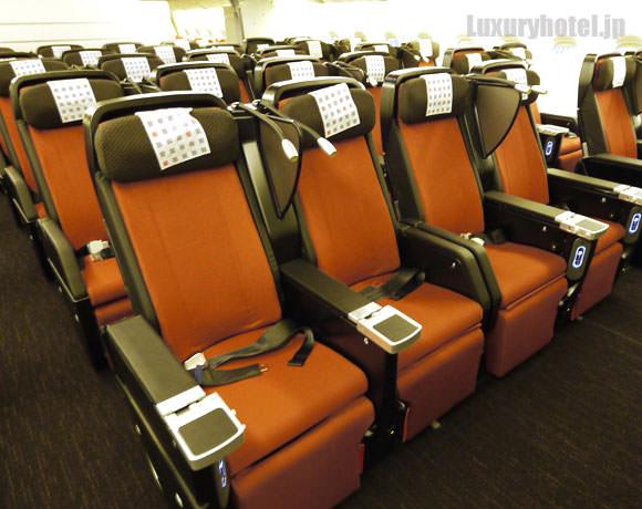 JAL プレミアムエコノミー 新シート