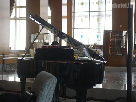 ザ・リッツ・カールトン東京 ピアノ
