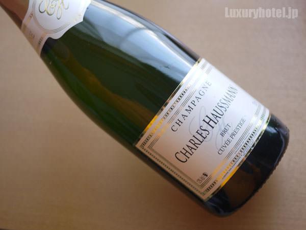 JALファーストクラス シャンパン
