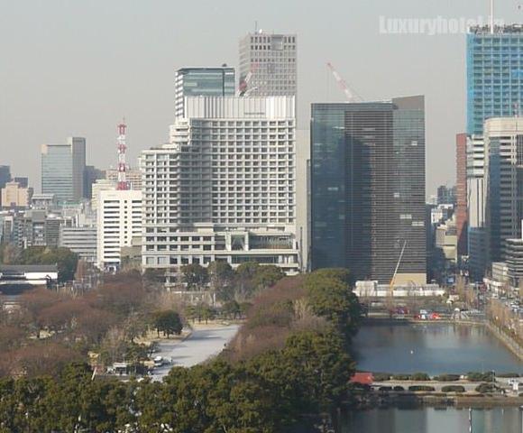 帝国ホテルから見えるパレスホテル東京