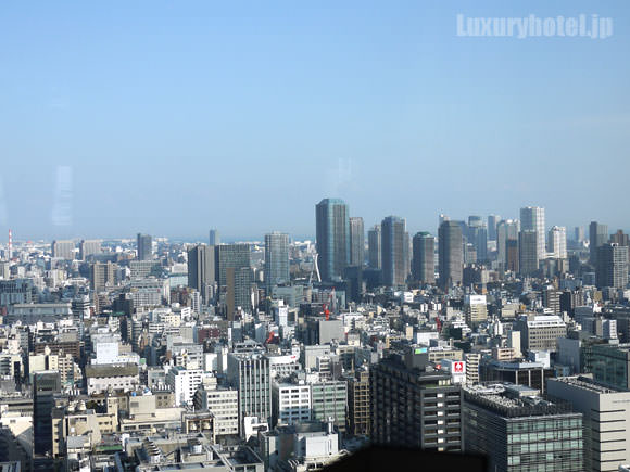 シャングリ・ラ ホテル 東京 ロビーラウンジからの景色