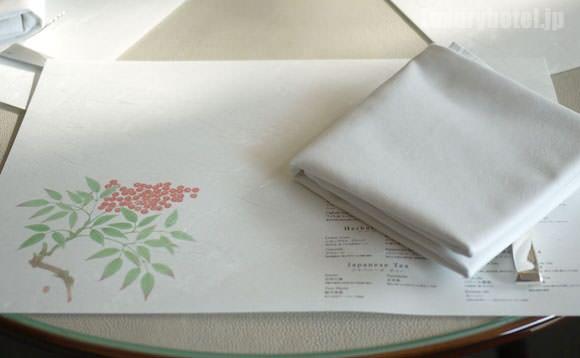 パレスホテル東京 アフタヌーンティー テーブルセッティング