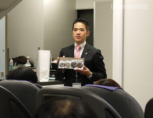 お土産は ビジネスクラス機内で出ているジャン=ポール・エヴァンのチョコレート