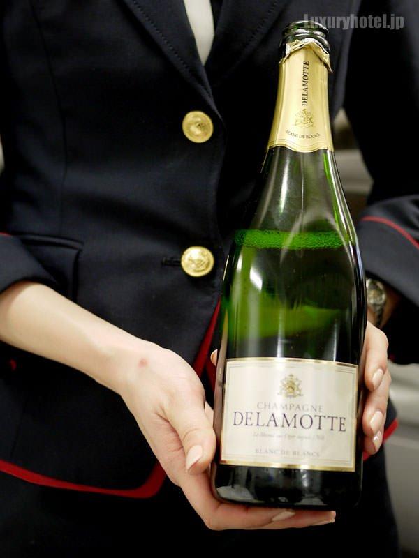 JAL見学会 ドゥラモット社のシャンパン