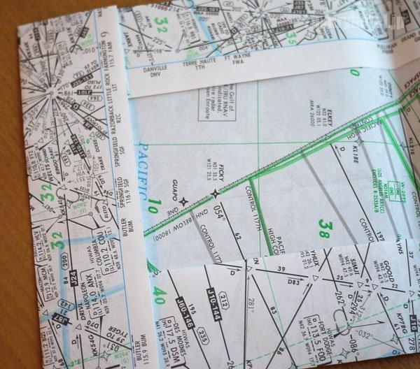 JAL 航空地図を再利用した文庫カバー