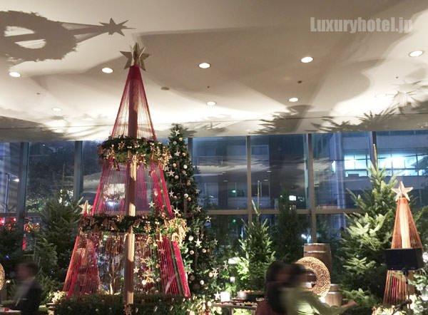 グランド ハイアット 東京 ロビーのクリスマスデコレーション