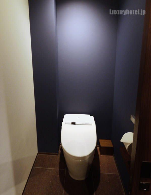 アンダーズ 東京 のトイレの中 意外とシンプル