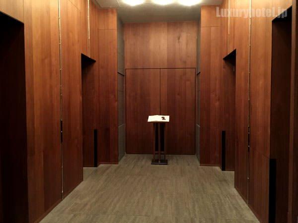 アンダーズ 東京1Fエレベーターホール