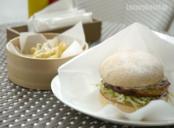 BeBu 注文したハンバーガーニッポンとトリュフフライ