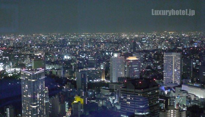 東京の夜景を一望できる高級ホテル6選 タイトル画像