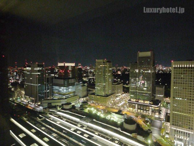シャングリ・ラ ホテル 東京 夜景画像