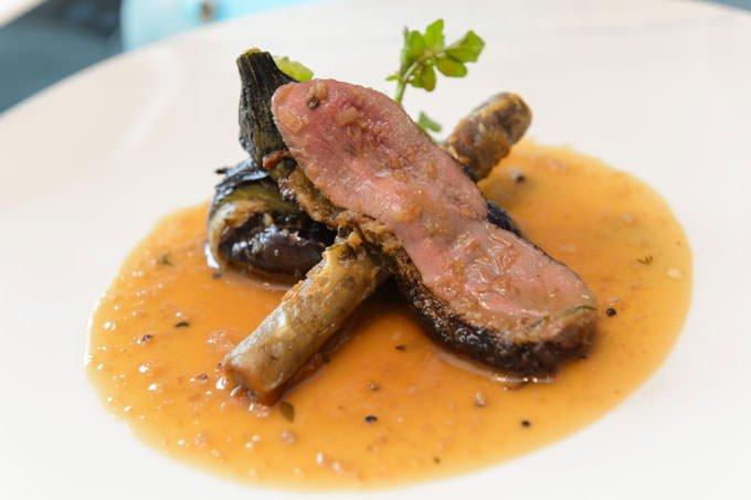 「クイーン・アリス・プレミアム」 ランチの肉料理