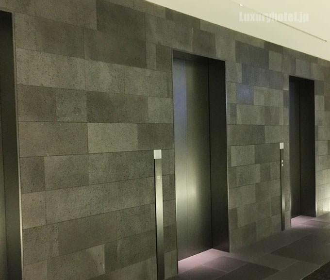 37階のエレベーターホール