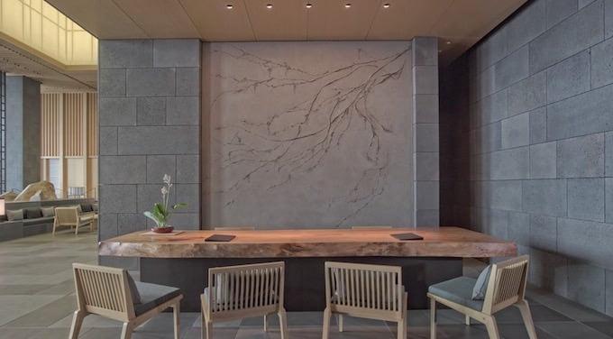 アマン東京 ガーデンレセプションのレセプションデスク