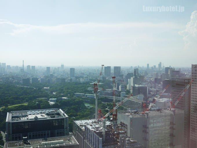 窓から北西方面を見た景色