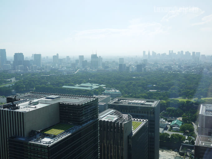 浴槽から見える東京の景色
