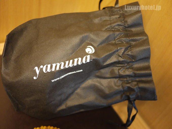 ヤムナのボールとフットウェイカーズが入っている。