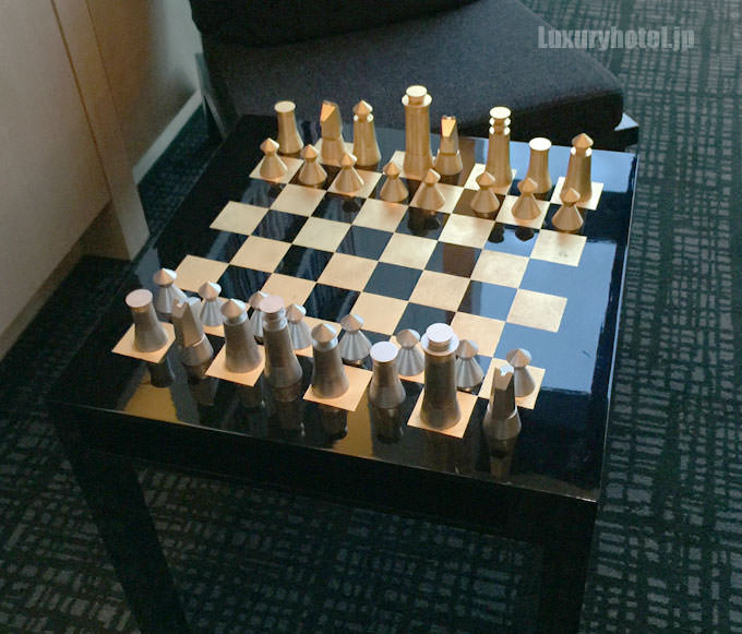 チェスが置いてあるテーブルもある