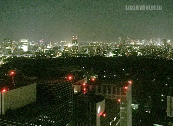 アマン東京の窓から見える夜景2