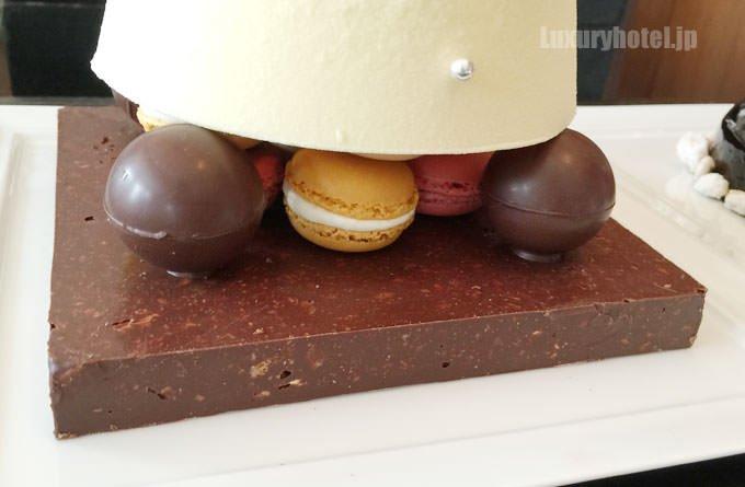 サパン・ド・ノエルの台座はチョコレート