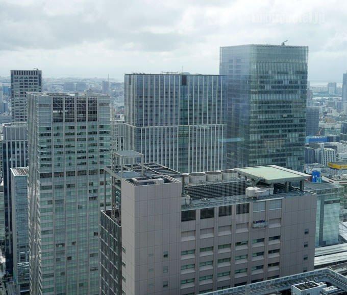 シャングリ・ラ ホテル 東京のビル